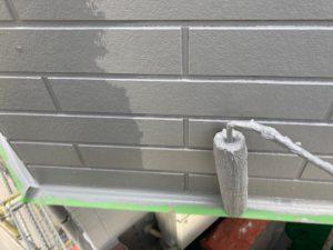 外壁塗装中塗り・上塗り